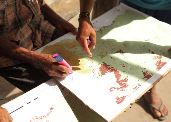 Making a participatory map in Sipaliwini (Trio)