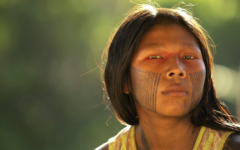 Portrait of a woman in the village of Ayukre. Brazil, Kayapo Indians, Xingu region