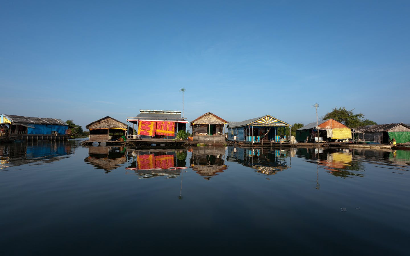 Anlung Reang floating village on Tonle Sap