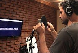 "Thiago Lacerda recording ""A Montanha"""